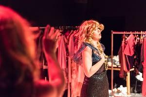 DSC-3032 - On The Bright Side Of Life; Schauspiel-Studio Frese; Absolvent*innen-Präsentation im Lichthof Theater Hamburg;